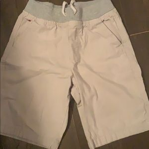 Boys Tommy Hilfiger shorts size 6